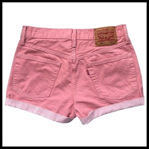 LEVI'S 501 Mid-Rise Denim Shorts in Salmon/Pink